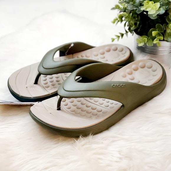 Crocs Men's Reviva Flip-Flop